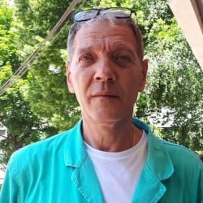 dr Dejan Mitić